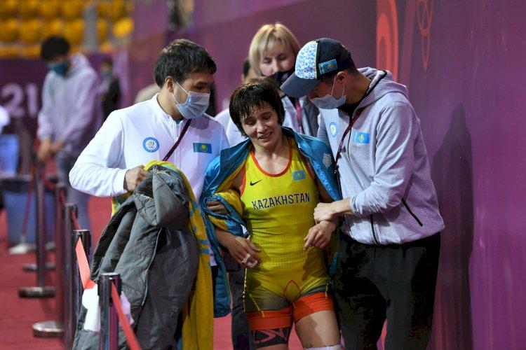 Через тернии к звездам: видео казахстанской чемпионки по борьбе восхитило Казнет