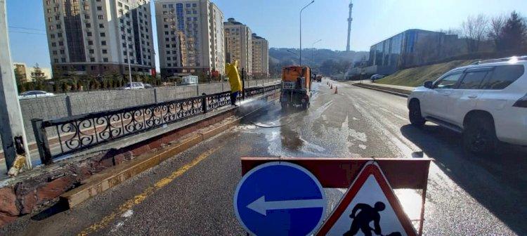 Как улицы Алматы становятся чище и краше после зимы