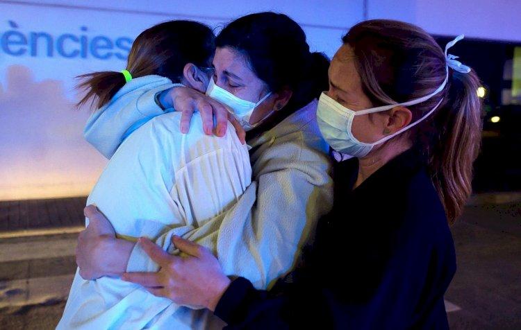 Жертвами пандемии во Франции стали более 100 тысяч человек