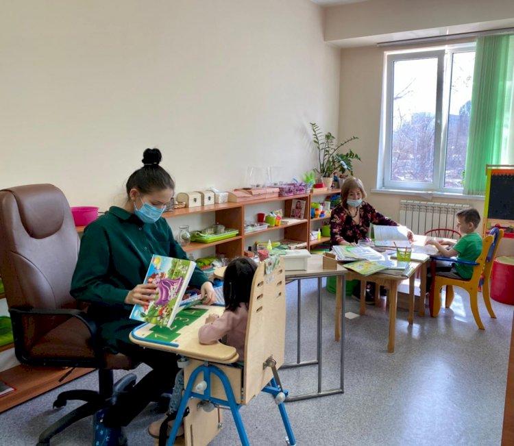 В Алматы после внедрения ОСМС более 200 детей с ДЦП прошли реабилитацию