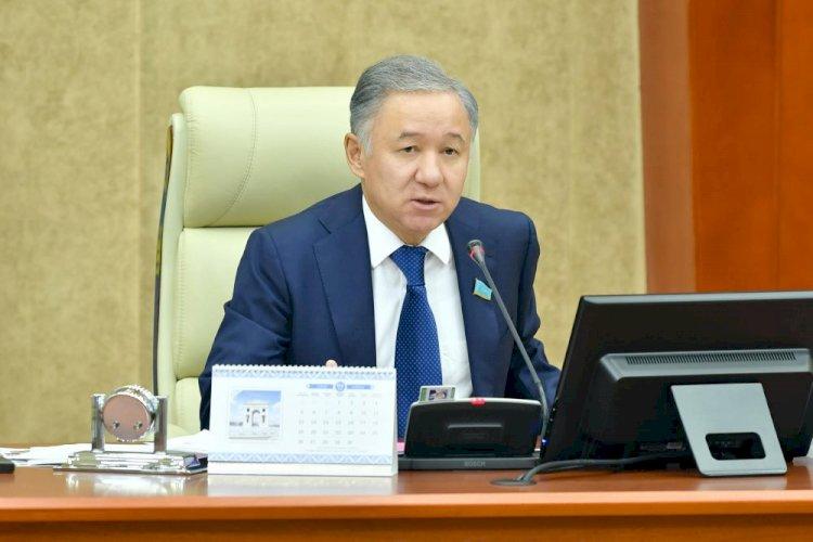 Нурлан Нигматулин высказался об актуальных вопросах бюджетного законодательства