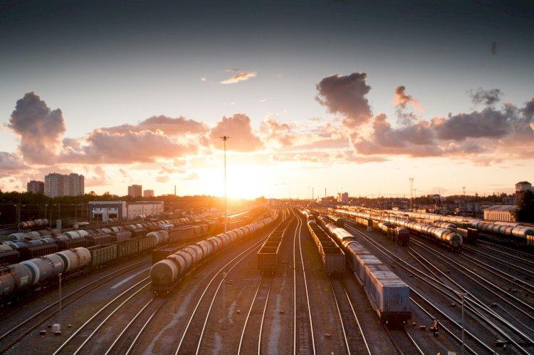 Почти 5 млн тонн транзитных грузов перевезено по железным дорогам Казахстана