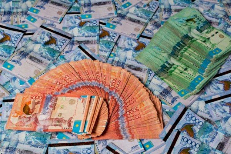 Сколько зарабатывает среднестатистический казахстанец?