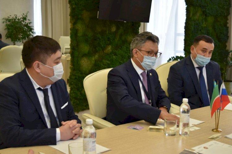 Минторг РК ведет переговоры о поставках казахстанской продукции в магазины России