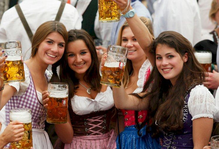 Пивной праздник отменили из-за коронавируса в Германии
