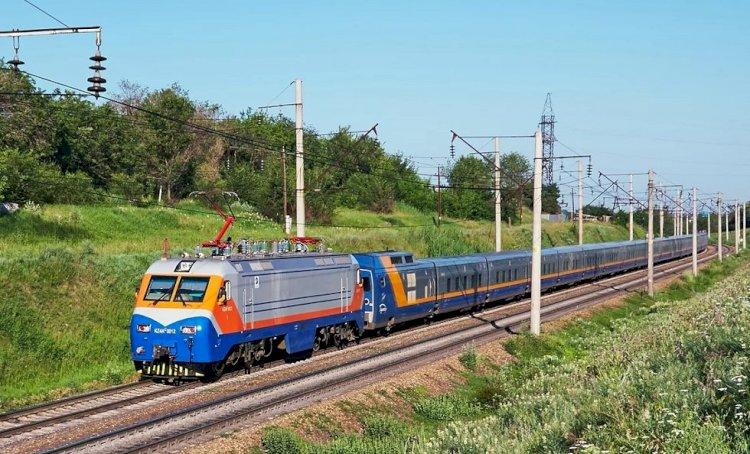 КТЖ предупреждает о возможных сбоях в графике движения поездов