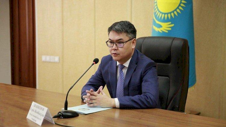 Серик Шапкенов поздравил казахстанцев с Днем защитника Отечества и Днем Победы