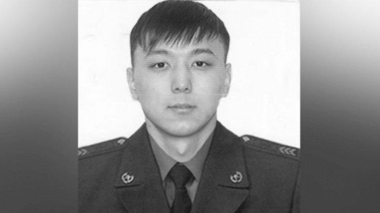 Глава государства наградил героически погибшего в пожаре спасателя посмертно
