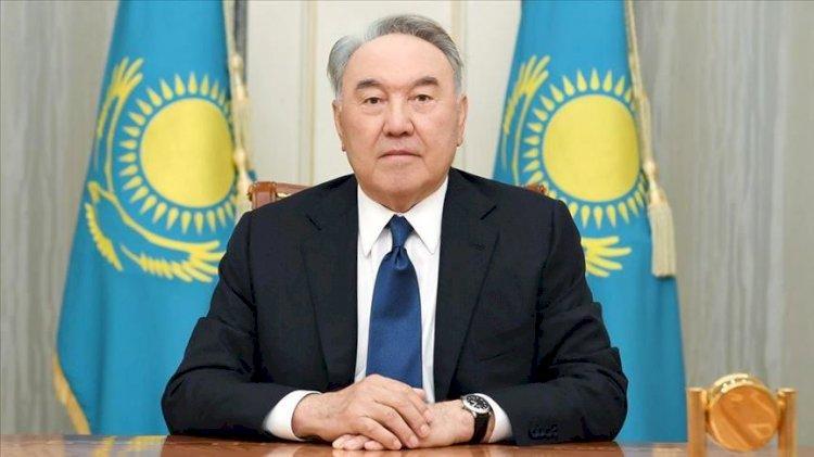 Елбасы поздравил казахстанцев с Днем защитника Отечества