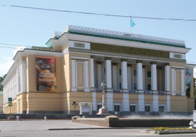 В Алматы благоустроят сквер Оперного театра имени Абая