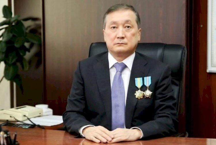 Сапархан Омаров поздравил казахстнцев с Днем защитника Отечества