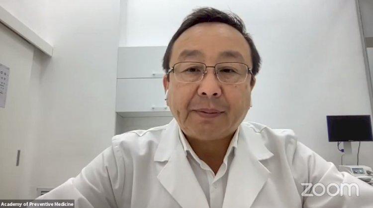 Алмаз Шарман ответил на вопросы по вакцинации от COVID-19 – прямая трансляция