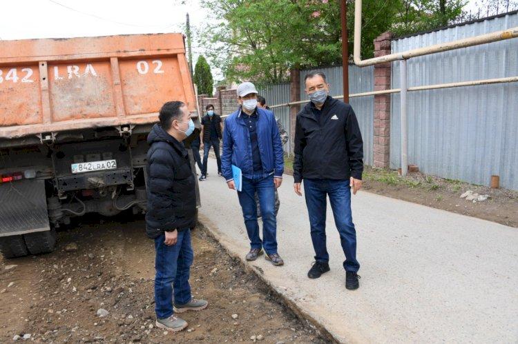 Бакытжан Сагинтаев проверил ход строительства селезащитных плотин