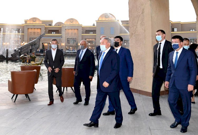 Елбасы посетил туристический комплекс «Караван-Сарай»