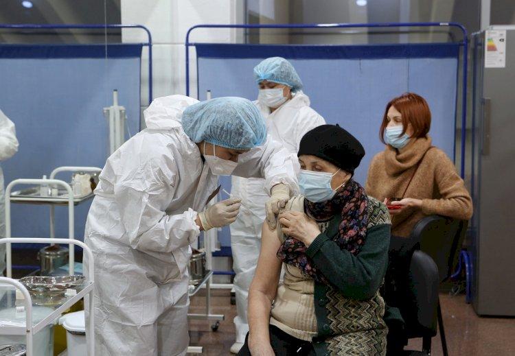 Алматы лидирует по числу привитых от коронавируса