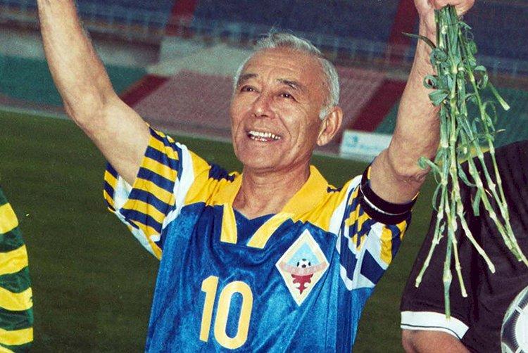 Легендарному футболисту «Кайрата» Тимуру Сегизбаеву 12 мая исполнилось бы 80!