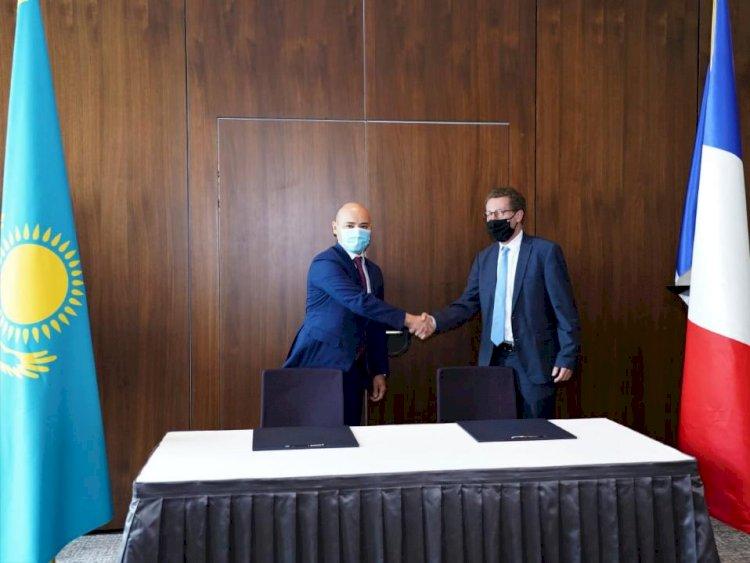 Франция внесет вклад в развитие Казахстана