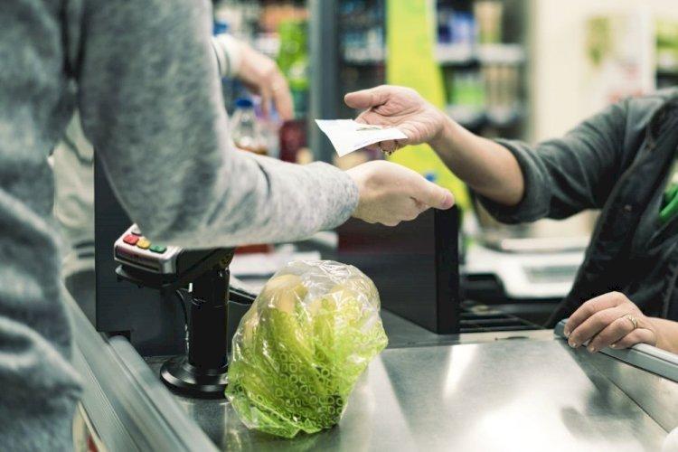Какие способы обмана покупателей используют кассиры супермаркета