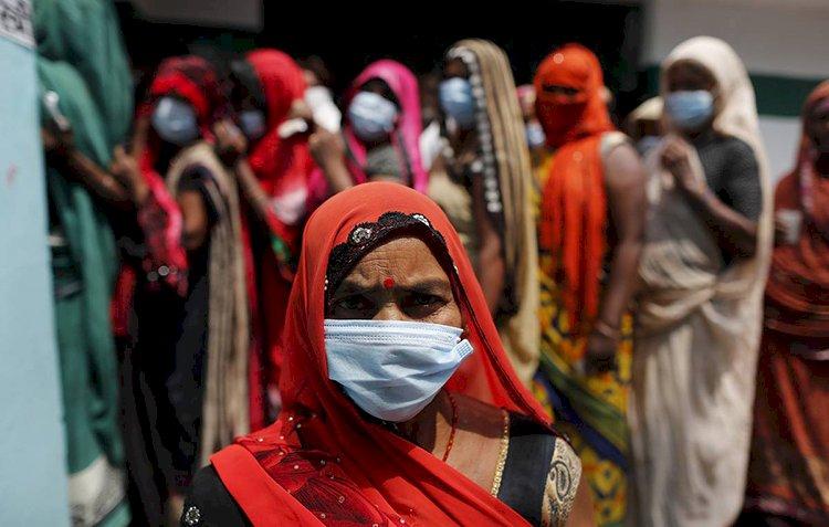 На Индию приходится почти половина всех новых случаев коронавируса в мире