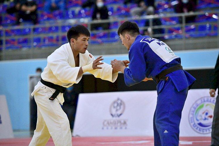 Тренерский штаб сборной Казахстана по дзюдо огласил мужской состав на чемпионат мира