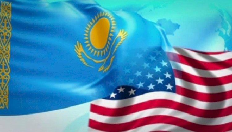 Нурсултан Назарбаев и экс-Вице-Президент США Альберт Гор поговорили по телефону