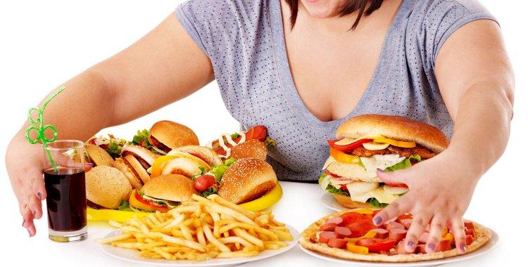 Психолог  дал практические советы по борьбе с перееданием