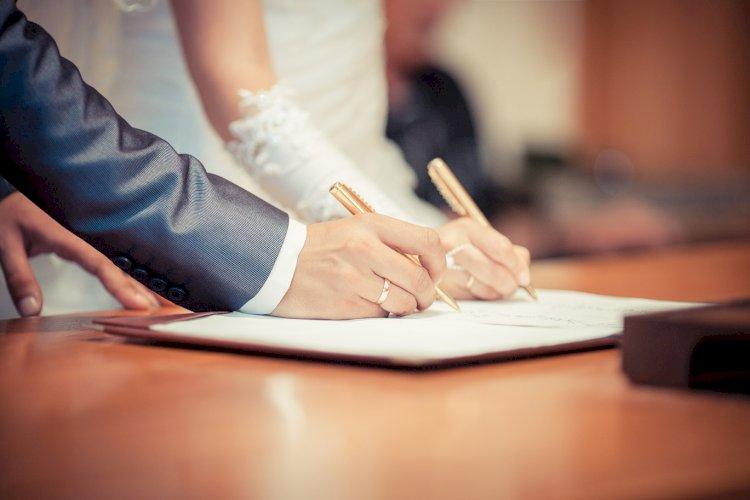 Количество браков и разводов сократилось в Казахстане