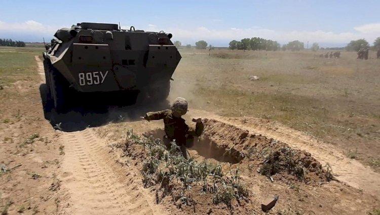 Будущих десантников испытали «обкаткой танком»