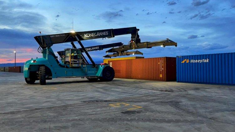 На станции «Достык» заработал новый контейнерный терминал