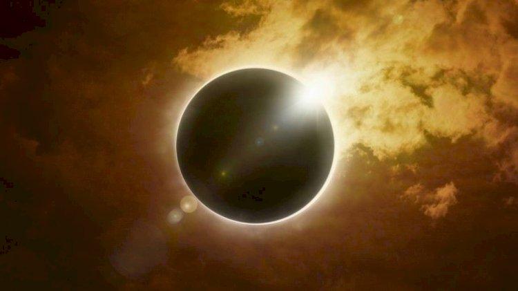 Жители Казахстана стали свидетелями частичного солнечного затмения