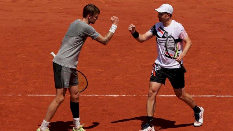Казахстанские теннисисты проиграли французам в финале Roland Garros