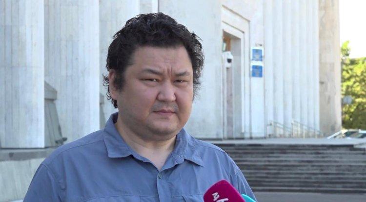 Политолог  Шибутов призывает алматинцев как можно скорее получить вакцину от КВИ