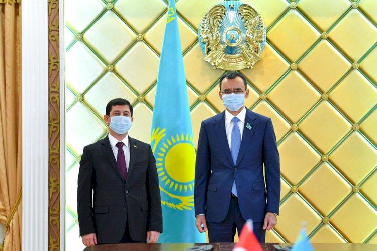 Маулен Ашимбаев принял посла Турции