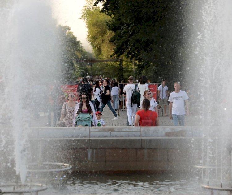В Алматы от COVID-19 привились 367450 человек