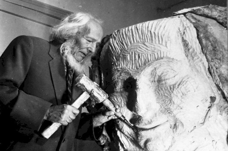 Почему Исаак Иткинд неоднократно обращался к образу Жамбыла