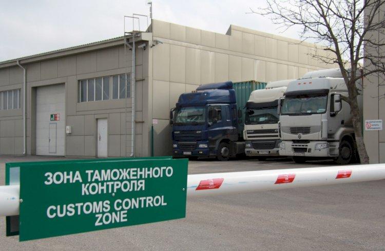 Налоговиков отстранили от досмотра грузов на границе в Казахстане