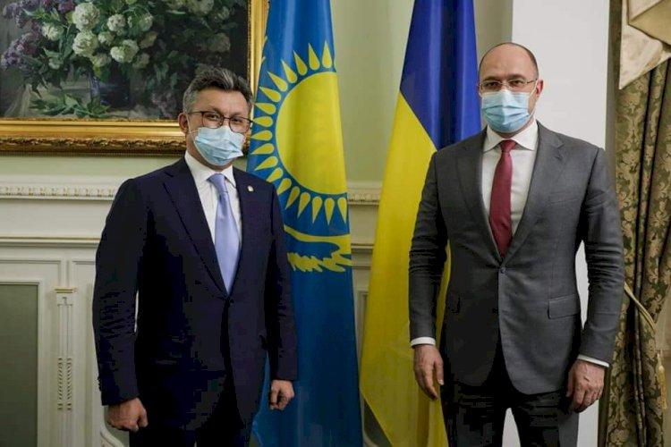 Казахстан может начать поставки QazVac в Украину