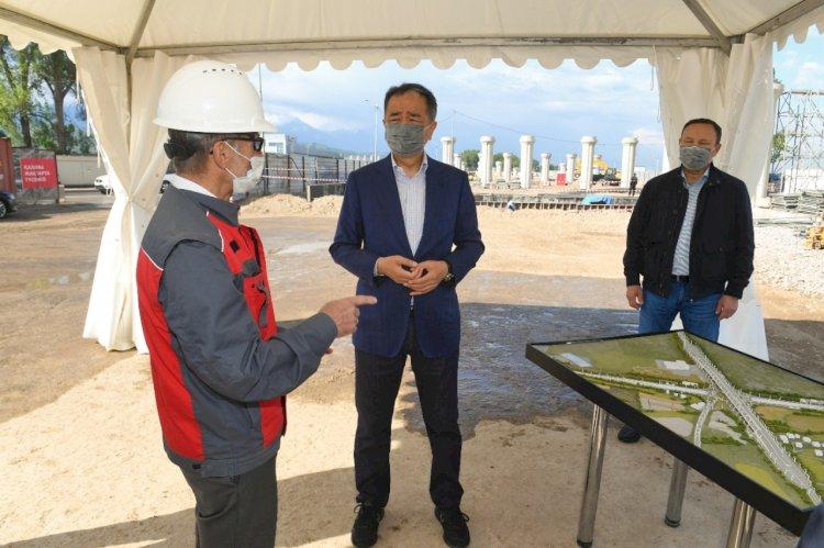 Бакытжан Сагинтаев ознакомился с ходом строительства транспортных развязок в Алматы