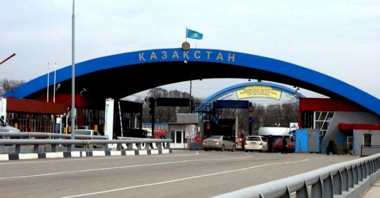 Более 260 машин застряли на погранпереходах Казахстана