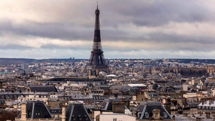 Франция ускоряет процесс вакцинации в ожидании новой волны эпидемии COVID-19