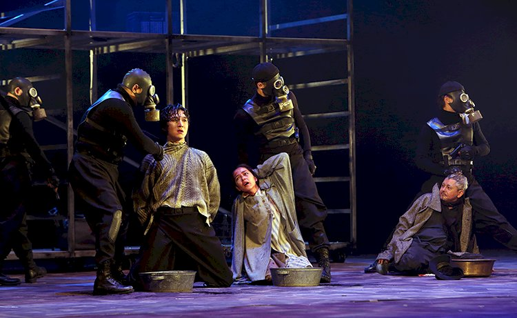 Театр имени Мухтара Ауэзова завершил сезон спектаклем «Пері қатын»