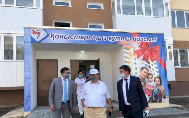 Сенатор Дюсембинов заявил о необходимости наращивать темпы вакцинации в регионах