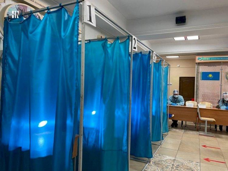 Семь налогов и платежей в Казахстане передадут сельским акимам