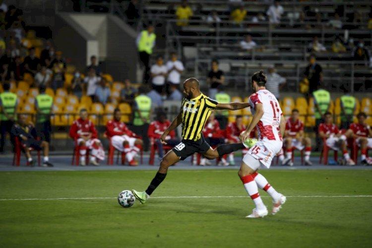 «Кайрат» победил «Црвену Звезду» в Лиге чемпионов