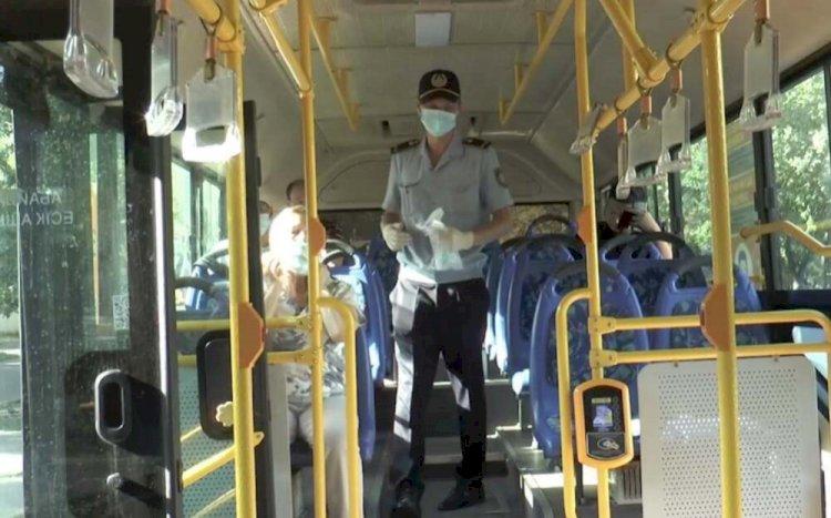 Нарушителей масочного режима выявляют в автобусах и людных местах полицейские Алматы