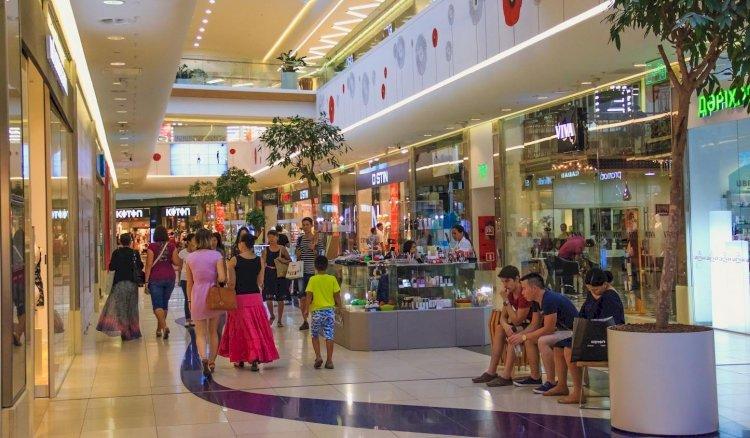 В Алматы лидерами по заражаемости КВИ стали объекты торговли