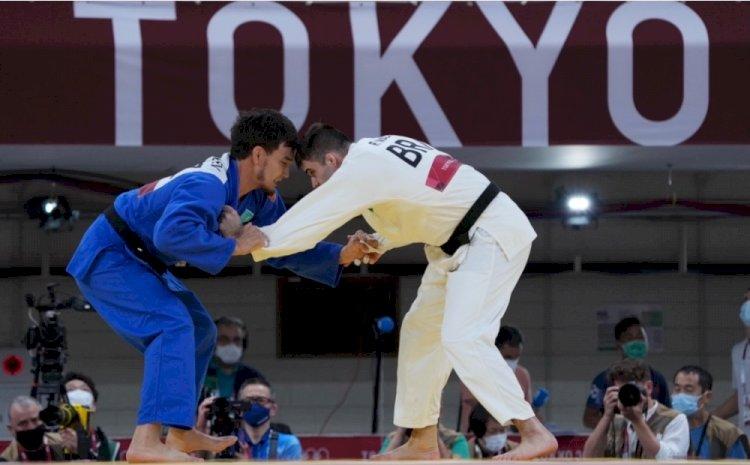 Дзюдоист Ислам Бозбаев стартовал с победы на Олимпиаде