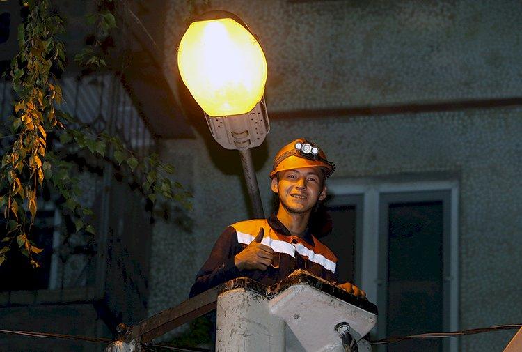 Как в Алматы устраняют неполадки с освещением