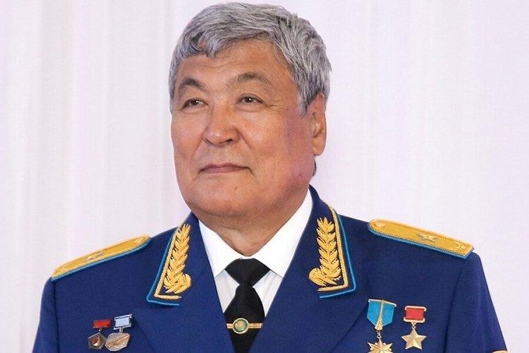 Первому казахстанскому космонавту Токтару Аубакирову исполнилось 75 лет