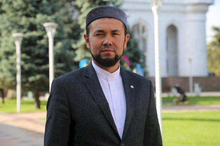 Наиб имам Центральной мечети Алматы призвал активнее вакцинироваться от COVID-19